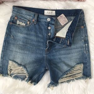 Free People • WeTheFree High Rise BF Shorts Sz. 27